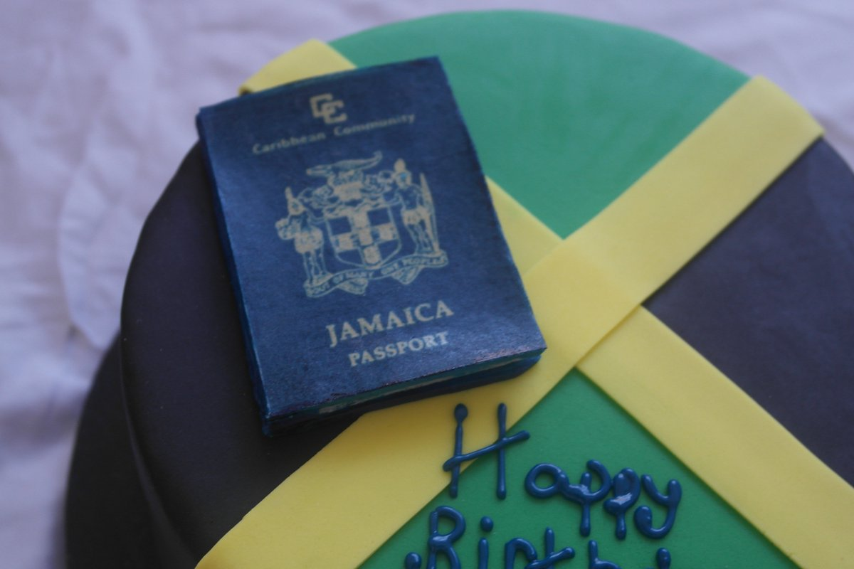 Peachy Caribbean Cupcakes On Twitter Jamaican Flag Birthday Cake And Personalised Birthday Cards Paralily Jamesorg