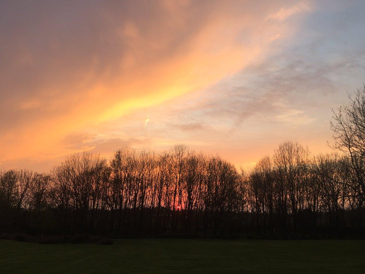 @jimreidvehicle #spooky just posted #BeautifulStaffordshire 😊 https://t.co/H7CkpXQkYe