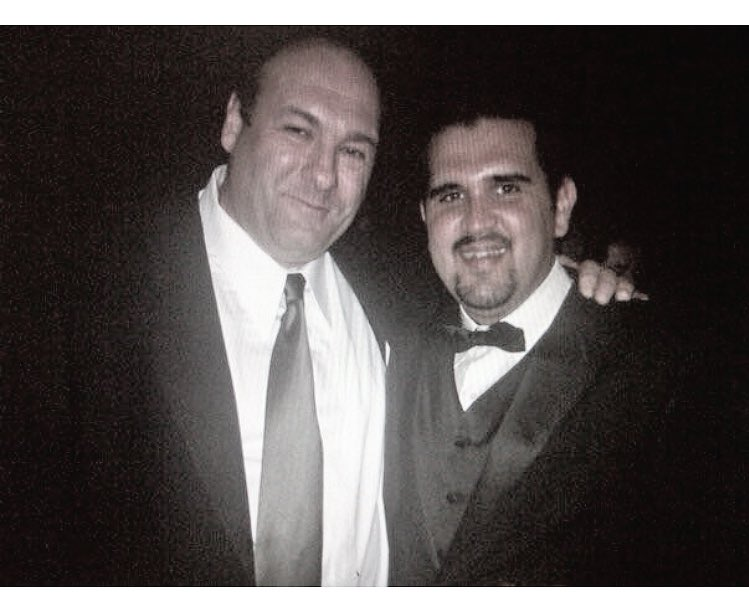 Every once in awhile you meet a cool mofo... And you enjoy a Padilla cigar with him. #jamesgaldofini #tonysoprano https://t.co/ijcbr8x4EH