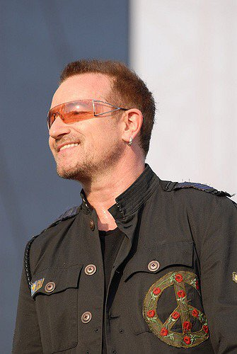Happy Birthday Bono! https://t.co/pE4Dy133Qc
