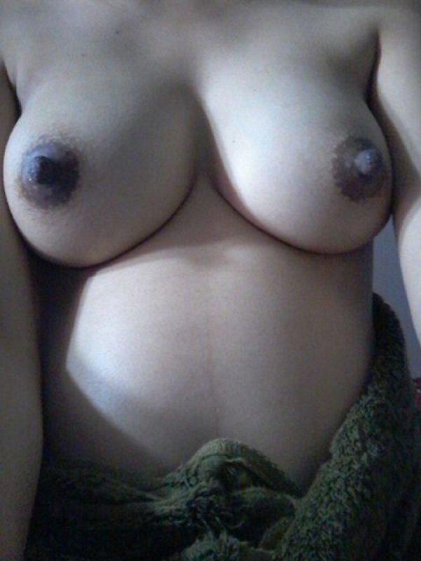 Nude Selfie 5241