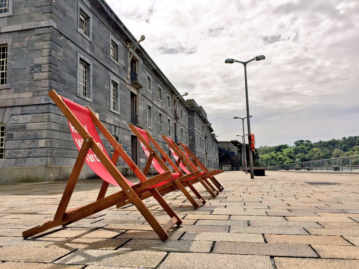 The sun has appeared at the Yard :) @urban_splash @RoyalWilliamYd https://t.co/BmpvS85NrU