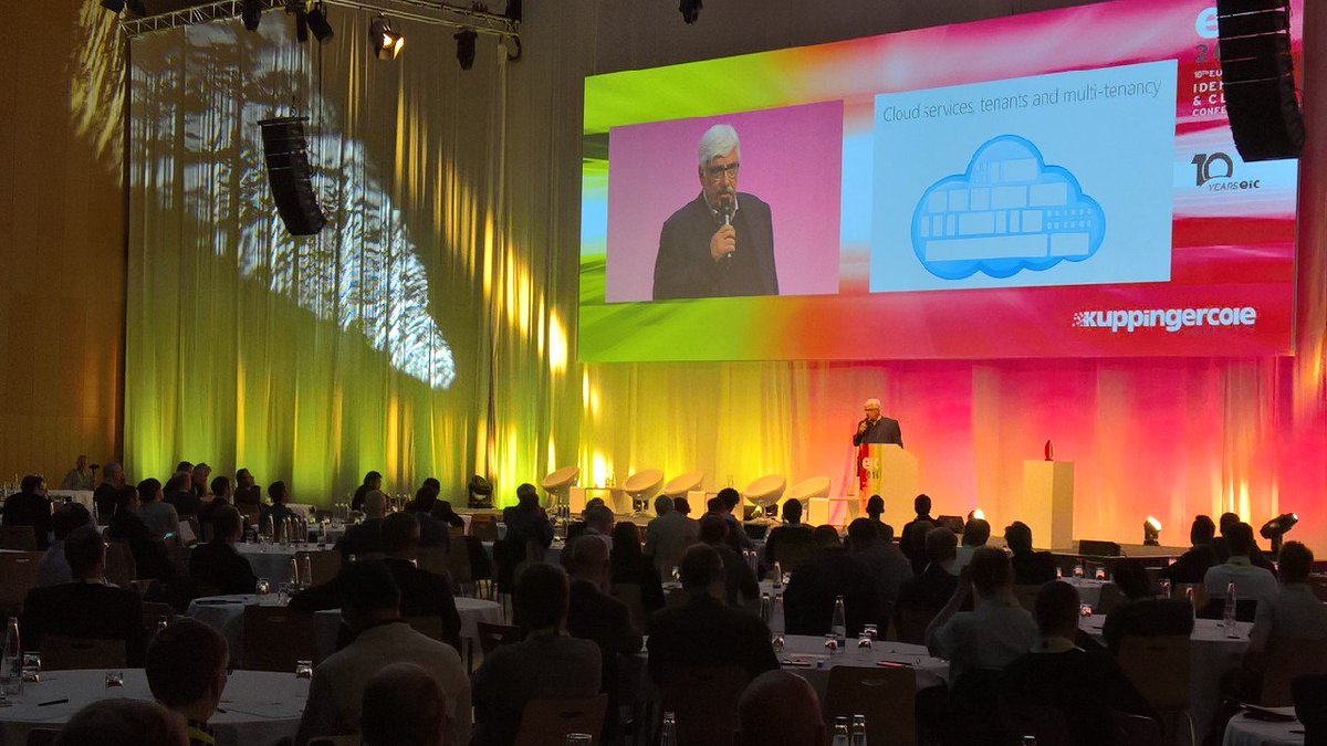#eic16 @microsoft 's @Kim_Cameron on #cloud adoption https://t.co/olZneCitqm