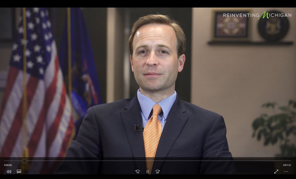 Michigan Lt. Gov. @briancalley welcomes attendees & applauds work of #MHAKeystone Center & member #Hospitals! https://t.co/nYUgBRQKFn