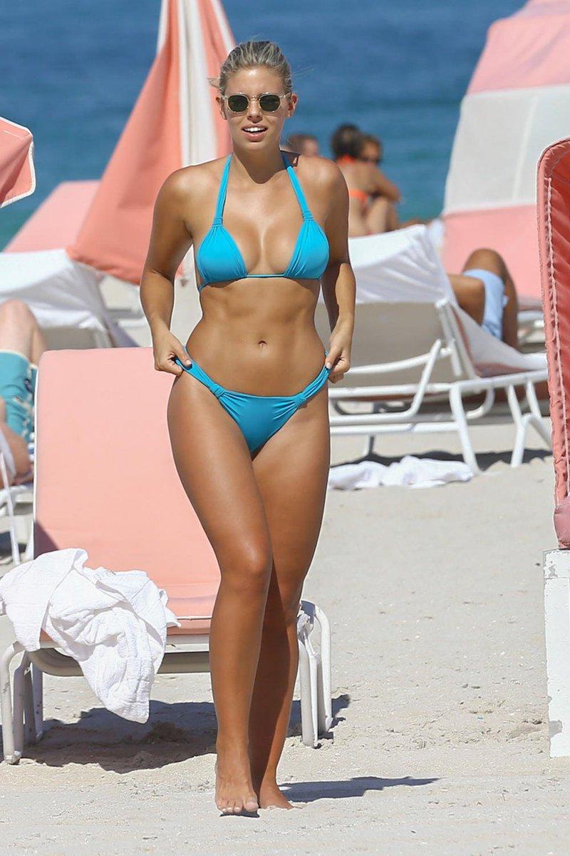 Celebrity Bikini Ass
