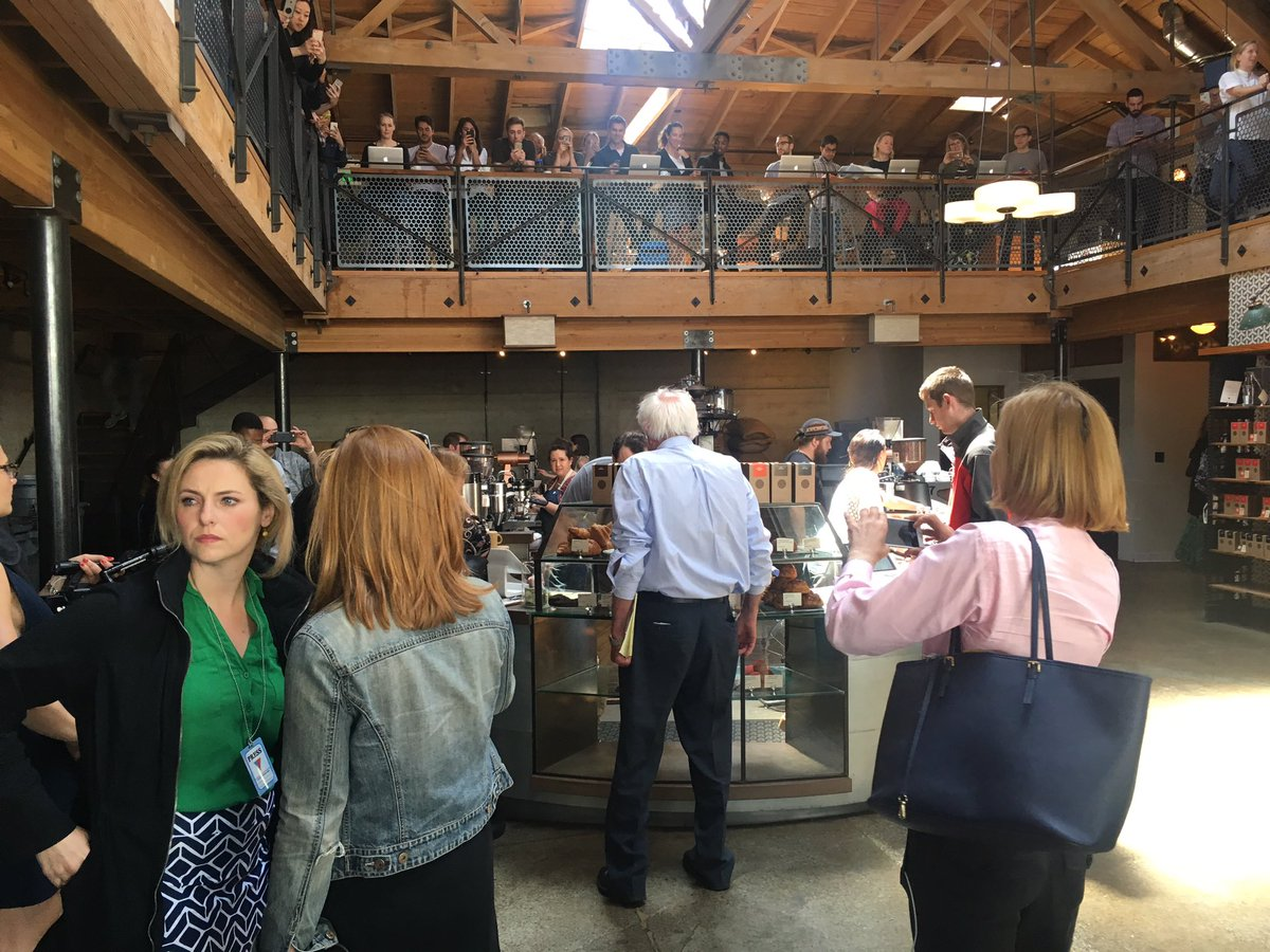 That time Bernie Sanders walked into Sightglass. Not the beginning of a joke. Bet he goes with the pour over. https://t.co/RjzSHTcMTL