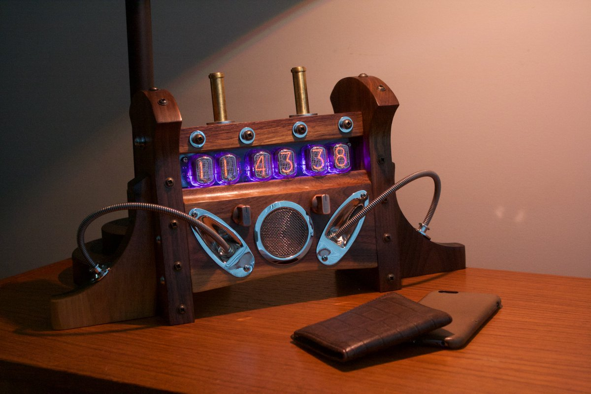 #Steampunk Awesome of the Day: Wooden, Tube Clock made by @tgtStudios  #SamaCuriosities