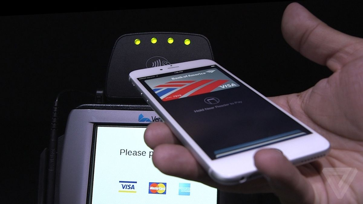 Two of Canada's largest banks now support Apple Pay