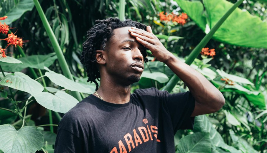 "Jazz Cartier Goes 360 In The Virtual Reality Video For ""Red Alert / 100 Roses"""