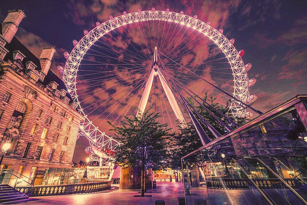 20 #LondonEye Facts You Should Know - https://t.co/58ChrCUDka  #Travel #London #Europe https://t.co/ZWry8FBe62