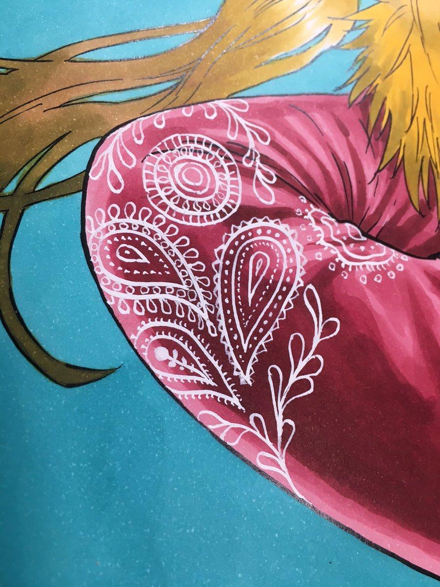 サイケとアナは服の模様にポスカを使ってみました。思いの外コピックとの相性は良さそうなので今後も使ってみようかな。氷頭のペイズリー柄はドクターマーチンのホワイトをペンにつけて描いてます。こういうチミチミする作業が地味に好きです。