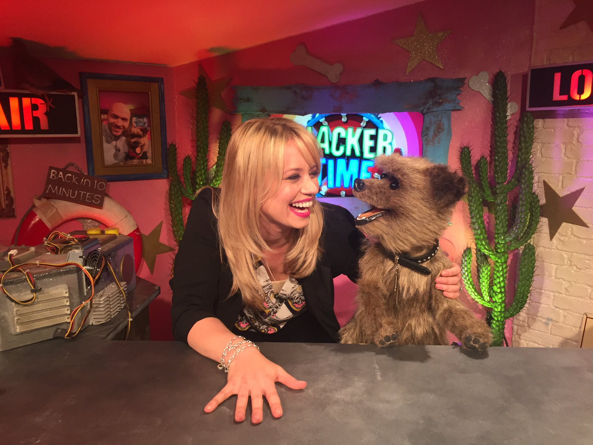Loved filming @CBBC_Hacker on @cbbc which will be out this summer! I love him he makes me 🙊😂❤️ https://t.co/p3zrUAPT5J