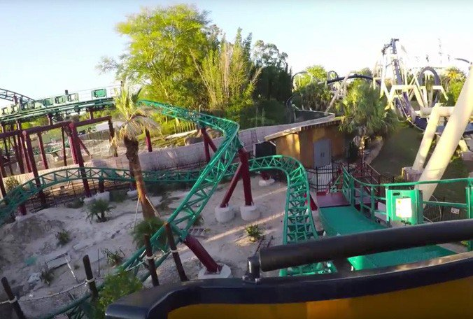 Video: Busch Gardens coaster Cobra's Curse cars spin backward