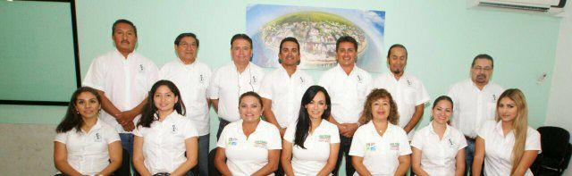 Reunión con el 1er colegio de Ingenieros y Arquitectos de Puerto Morelos, gracias por recibirme y escucharme. https://t.co/VRL28E73Cu