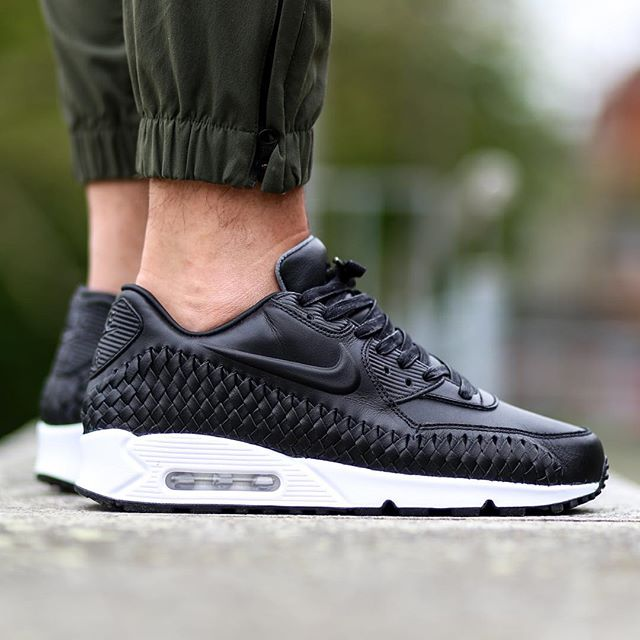 Air Max 90 Woven On Feet