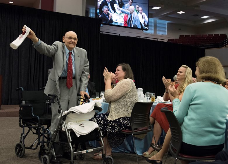 A nice honor for an #Elon legend. Happy retirement, Dr. Danieley '46!  https://t.co/qi8ykDwnBQ https://t.co/cRVRXDAgER