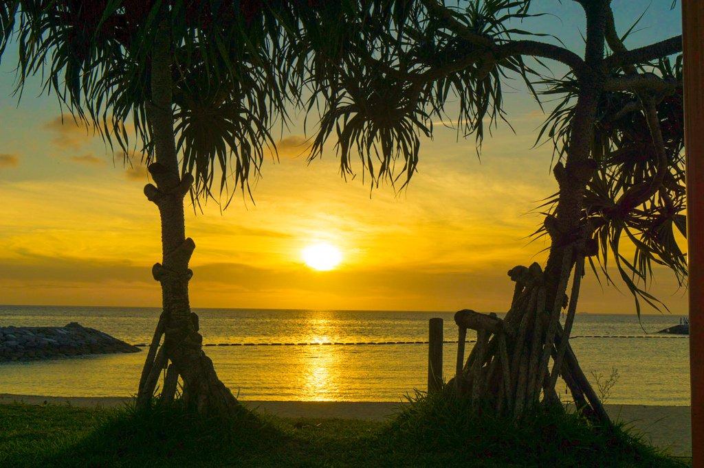 「沖縄 北谷 砂辺 サンセット」の画像検索結果