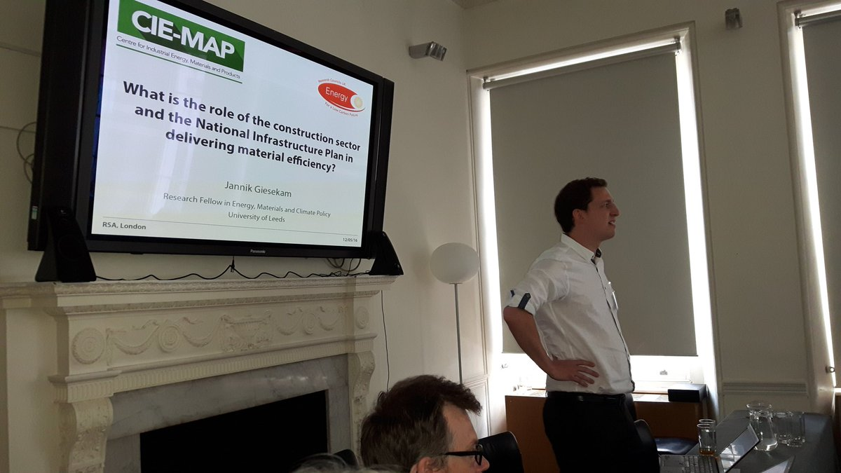 Construction sector and National Infrastructure Plan role in delivering material efficiency @jannikgiesekam #ciemap https://t.co/lGbZmuco1T