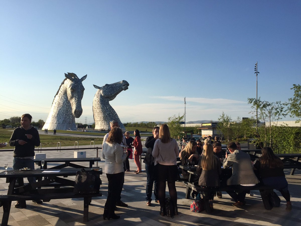 Thank you @HelixFalkirk for arranging the stunning weather for our #travelmassive #edinburgh event. #kelpies https://t.co/ONa7bv0ryE