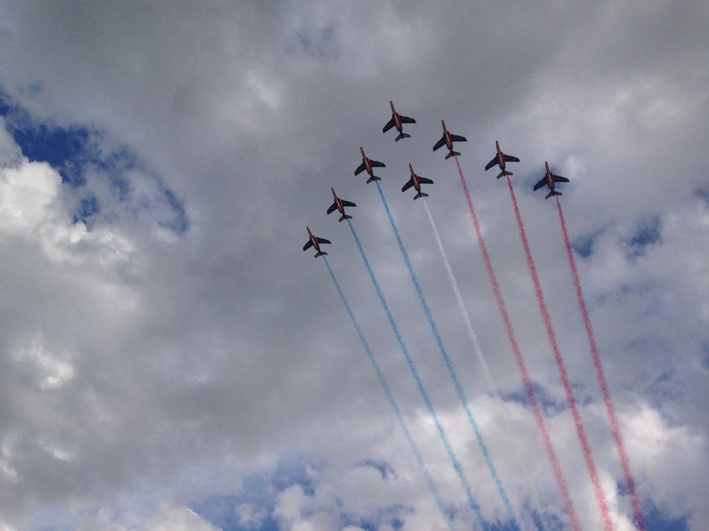 Démonstration de la patrouille de France ce jour pour @RevesdeGosse. Magique ! https://t.co/Ru2t1wf4Ti