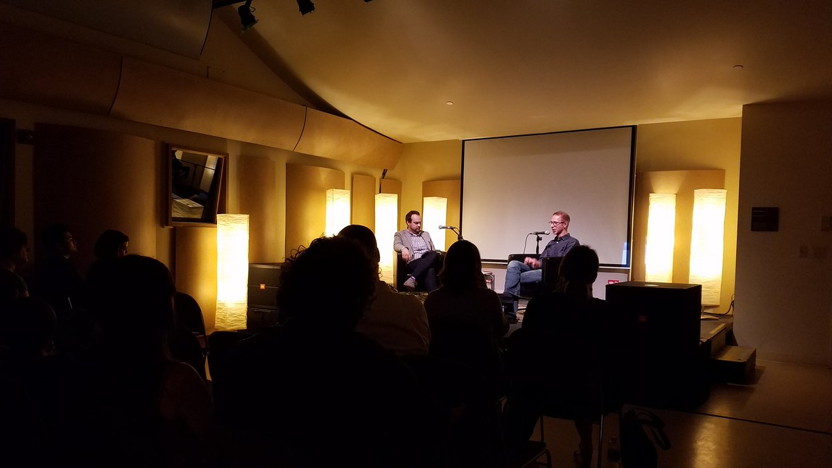 """The line between digital and analog is really blurry"" Jeremy Boyle #CONTEXTpodcast listening party #RemakeDays https://t.co/sm42v0Ti5L"