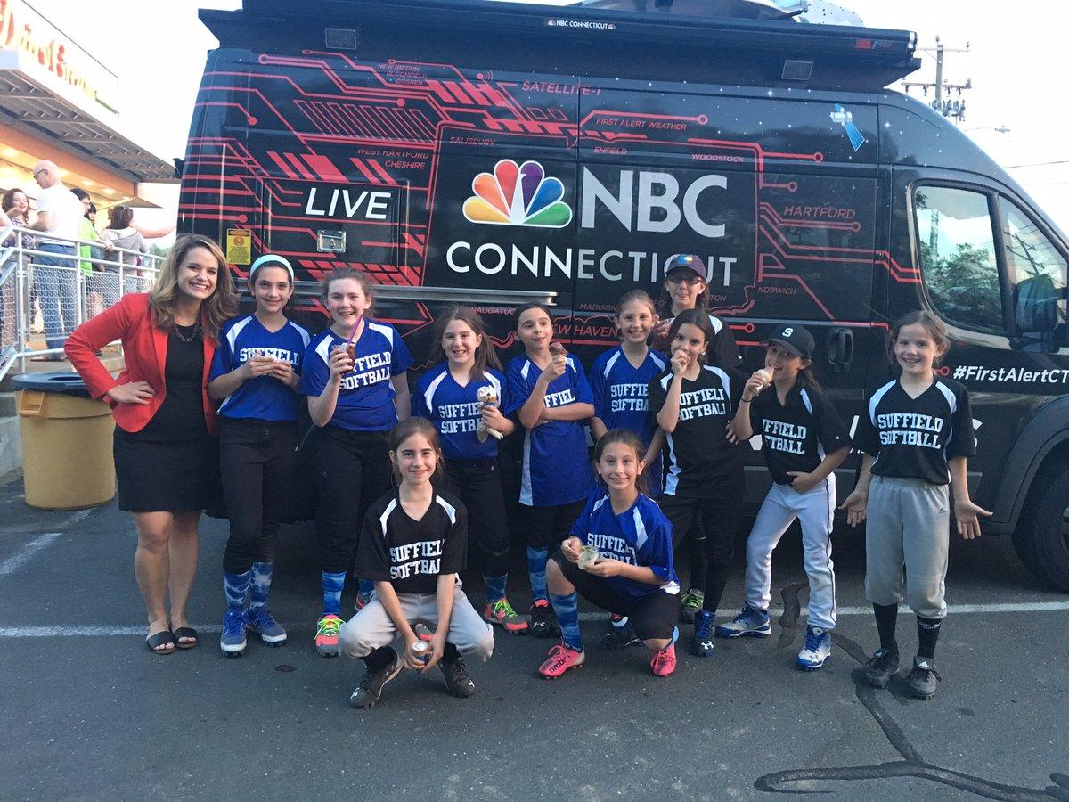 Suffield softball team spotted AbbeyNiezgoda NBC CT truck sharei