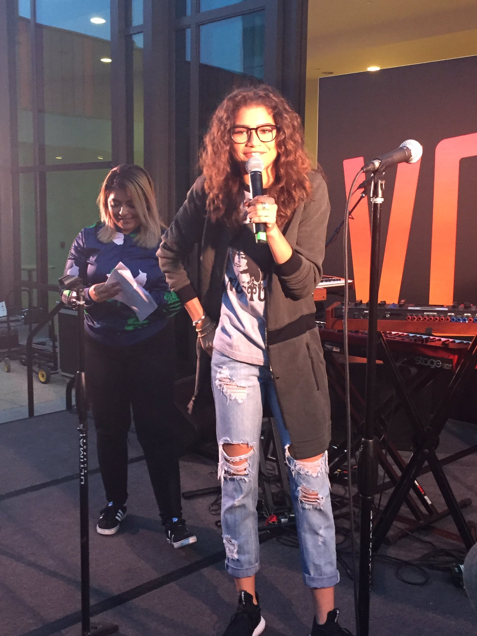 "RT @CalEndow: ""We are so powerful and we need to help each other see that"" -@Zendaya. Youth power is for real! #GetLoud https://t.co/ztKEMl…"