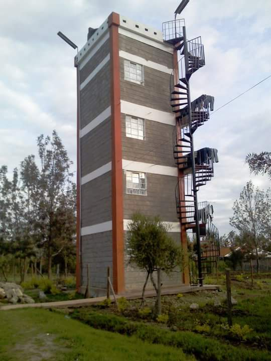 Hostel in Juja. #thatisall lmao!!! https://t.co/sSsT2cpt6F