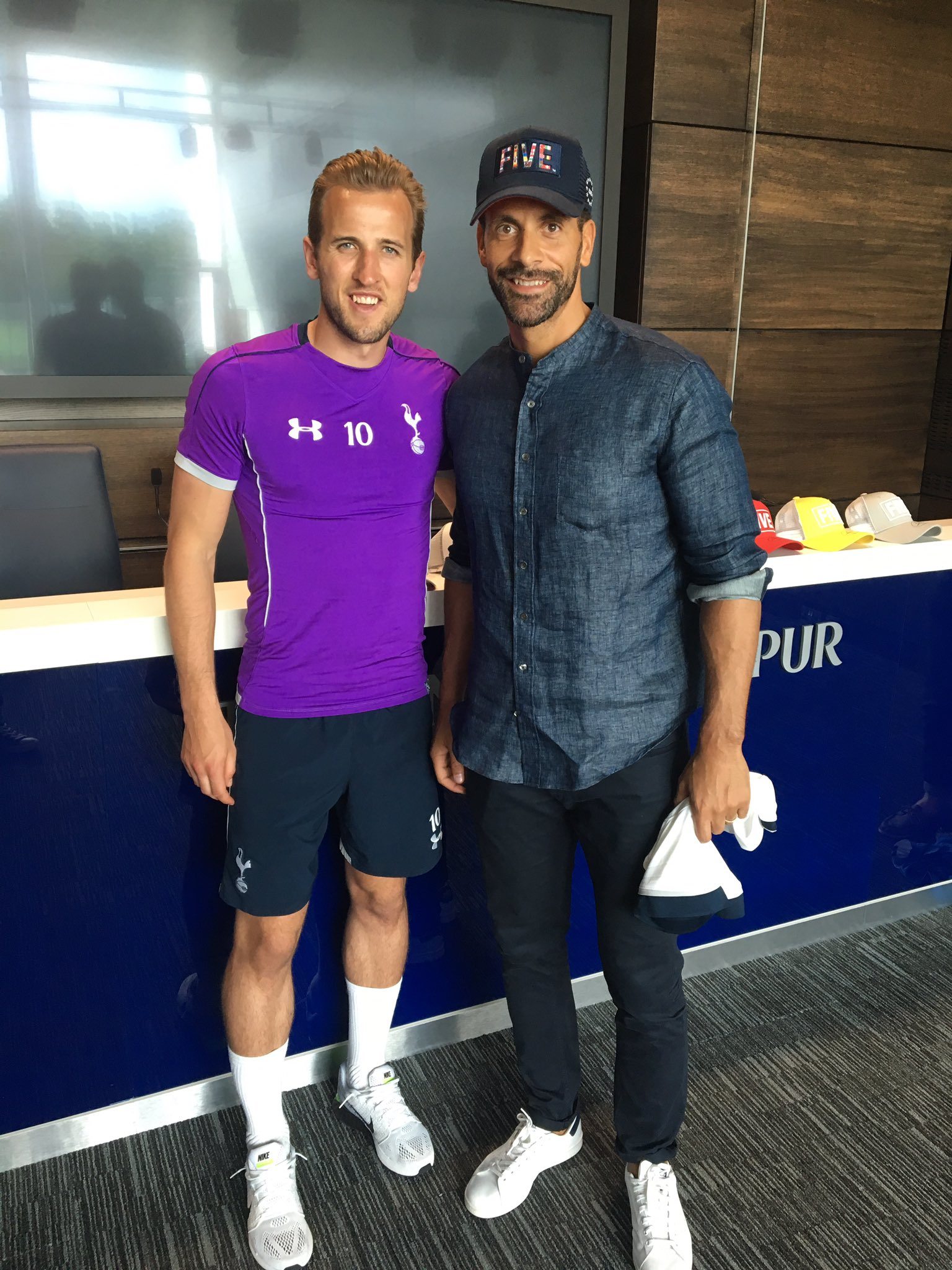 Decent day interviewing @HKane yesterday for @5mag / Lives and breathes scoring goals! Big summer ahead for @England https://t.co/ntsMppTa9X