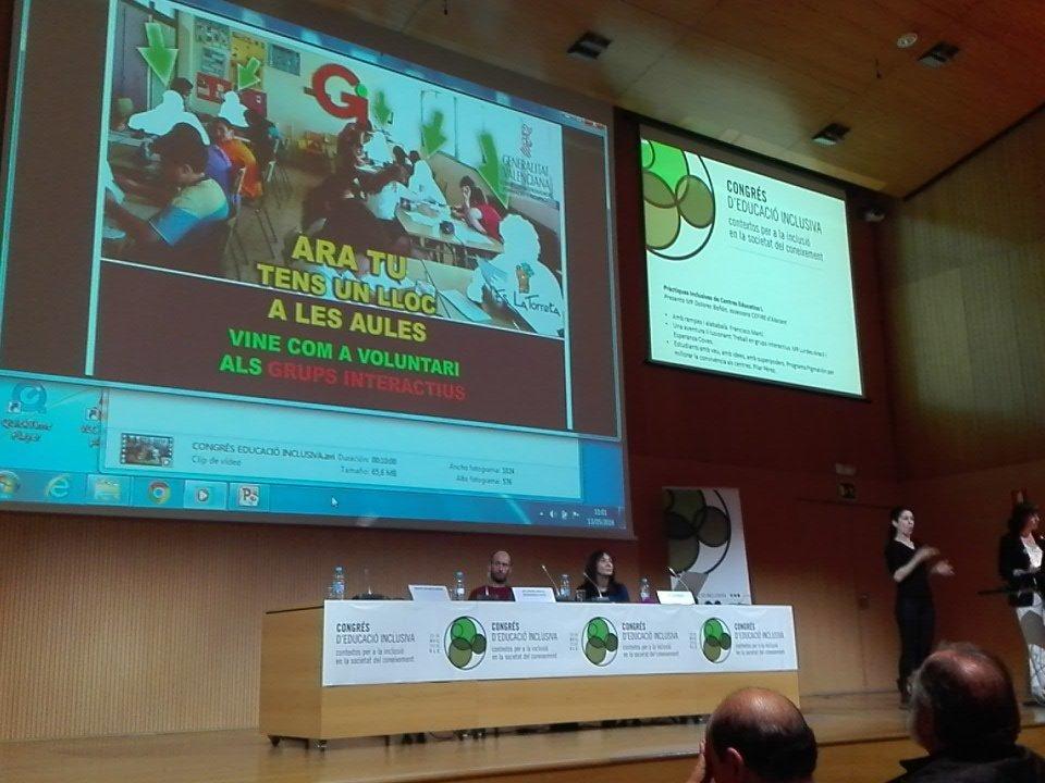 Experiencia educativa Grupos interactivos. Integrar todos los recursos @ieslatorreta #EduInclusiva16 IES La Torreta https://t.co/oigceLo2Ia