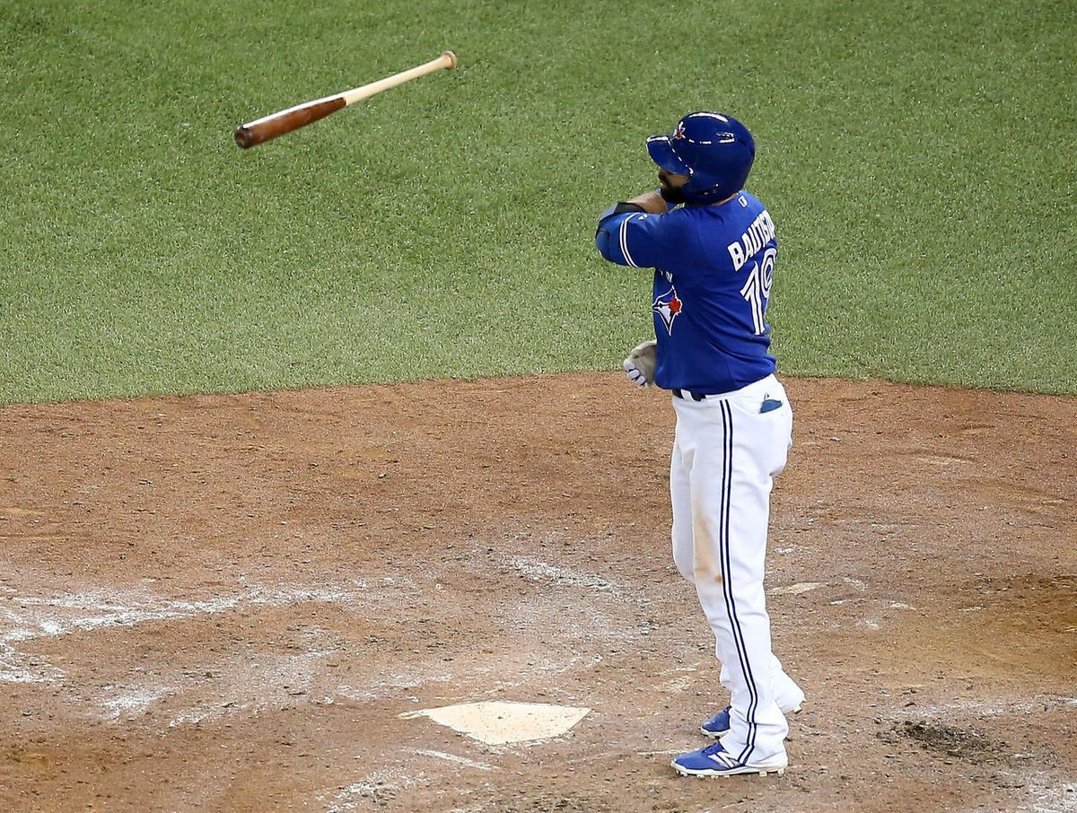 Poll Baseball Fans Dig Bat Flips Want Bonds And Clemens In The Hall