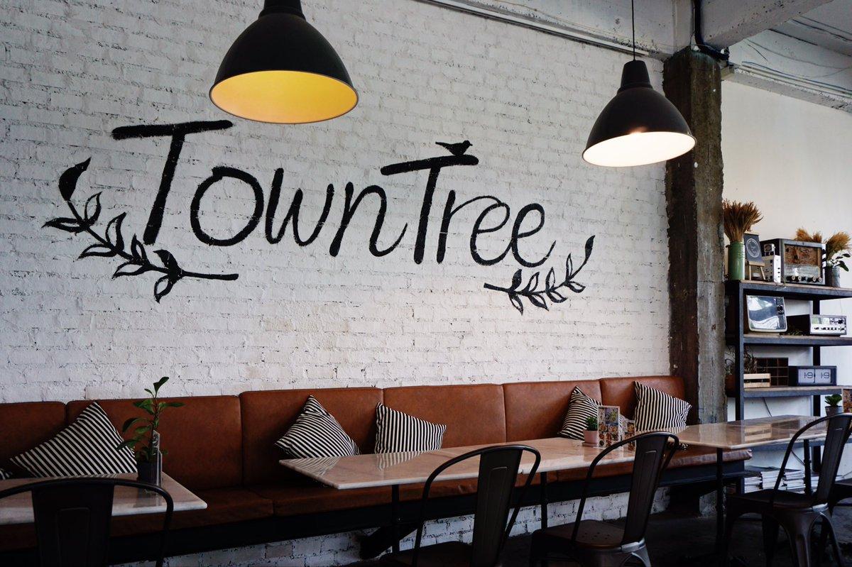Town tree คาเฟ่ต้นไม้เยอะแถวเกษตร-นวมินทร์ ข้างโรงเรียนเลิศหล้า ชอบ~ https://t.co/0xp9js0R8V