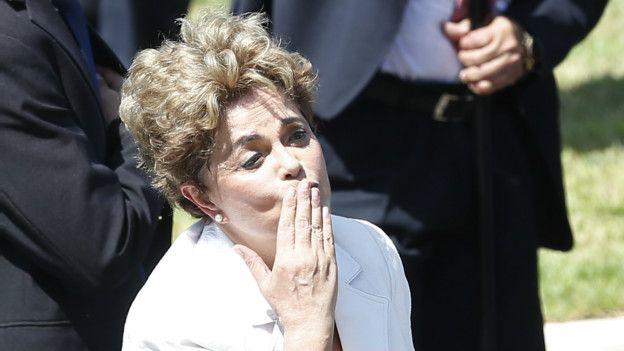Machismo e rancor da direita pesaram em queda de Dilma, diz jornal britânico https://t.co/Jr4dcVAaF7
