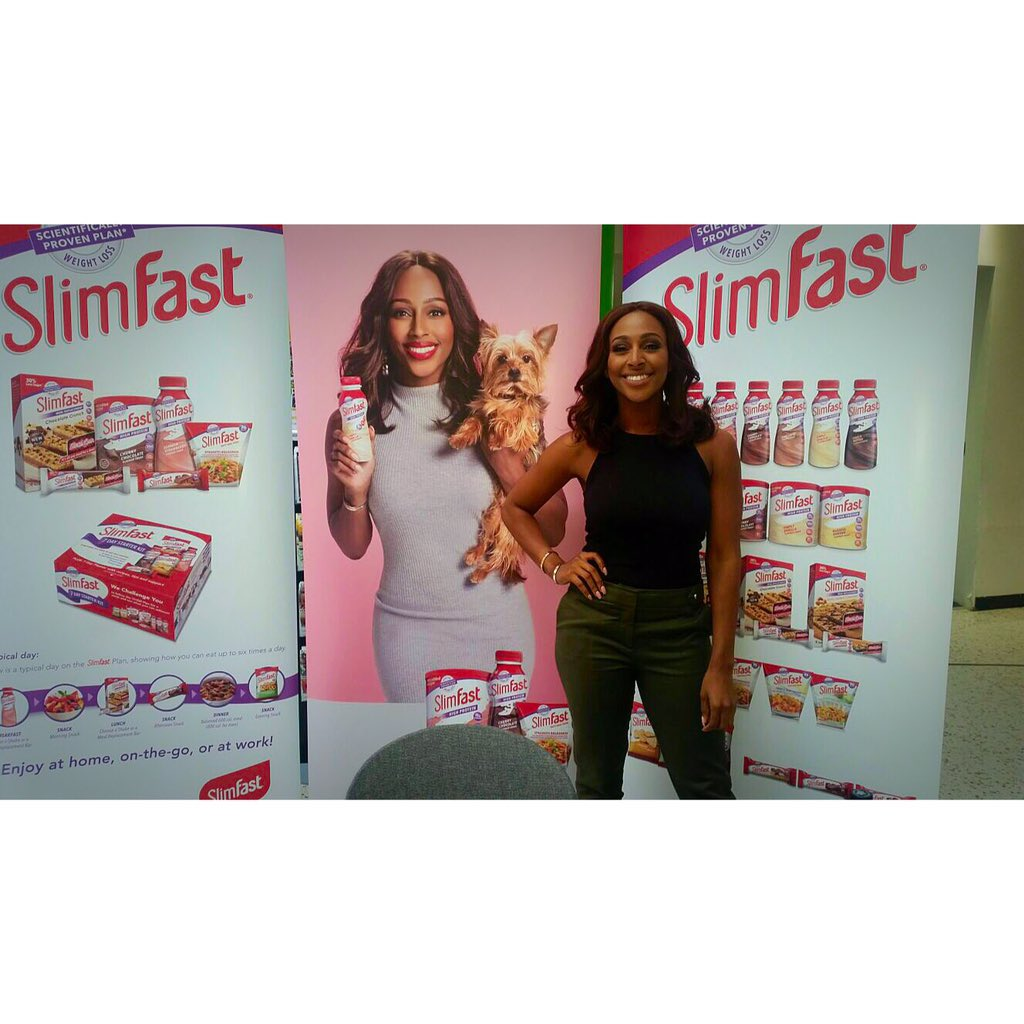 Great afternoon @asda HQ for @SlimFastUK !! Lovely to see so many people enjoying the range ! #spon #ad https://t.co/1vUfExbTBI