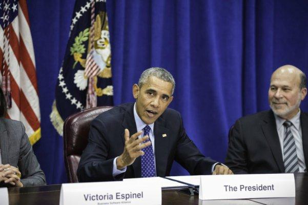Obama não telefona para Temer após posse; União Europeia fica em silêncio, e Cuba vê golpe: https://t.co/nkTBipEjSh