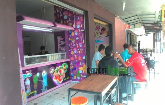 Just Update, Gudang Jajanan Enak di Subang Kota