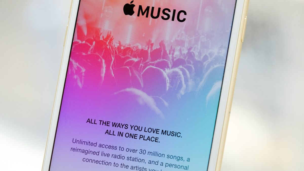 Apple says it doesn't know why iTunes users are losing their music files