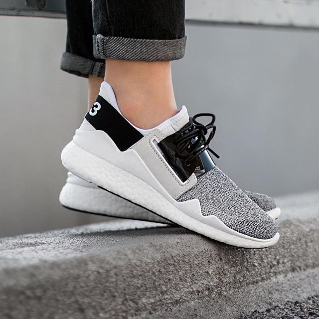 adidas y3 boost on feet