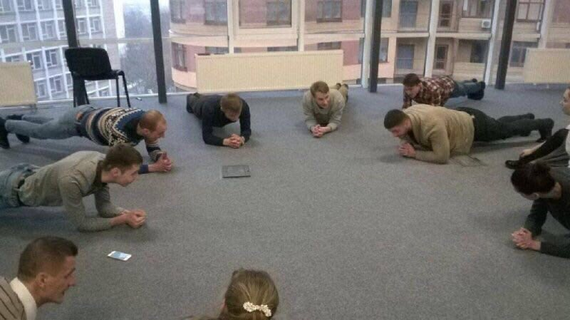 New stand up meeting format for reducing time spent