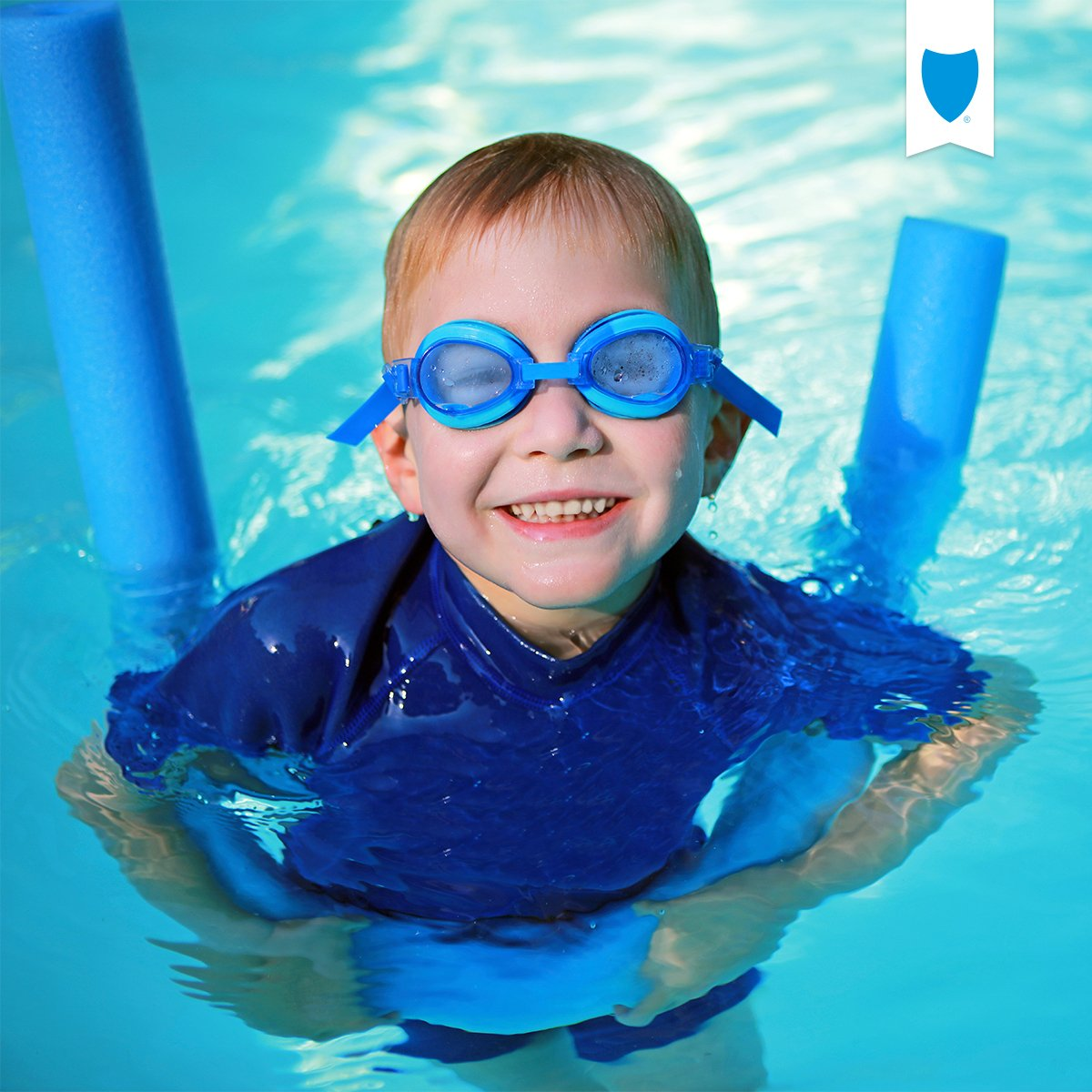 With summer around the corner, it's a great time for families to embrace pool & beach water safety. #LearnToSwimDay https://t.co/OoVTPEd3gK