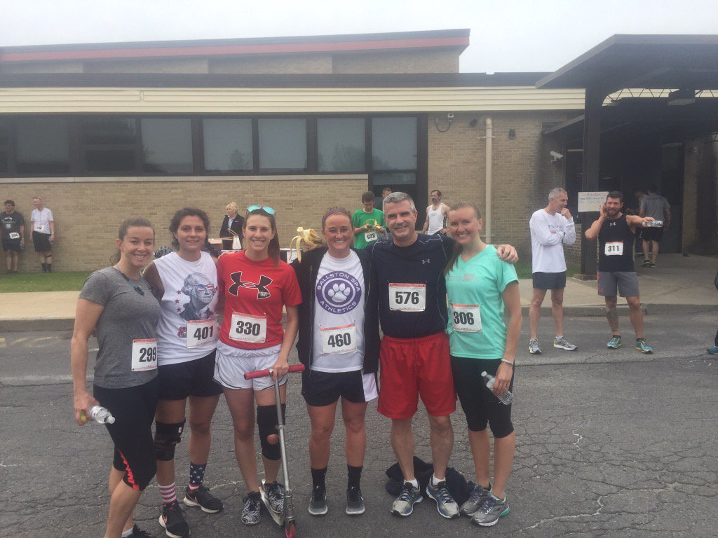 All smiles and Lots of Scottie pride at the #scottiestampede5k awesome event https://t.co/LYRtsWk5fF