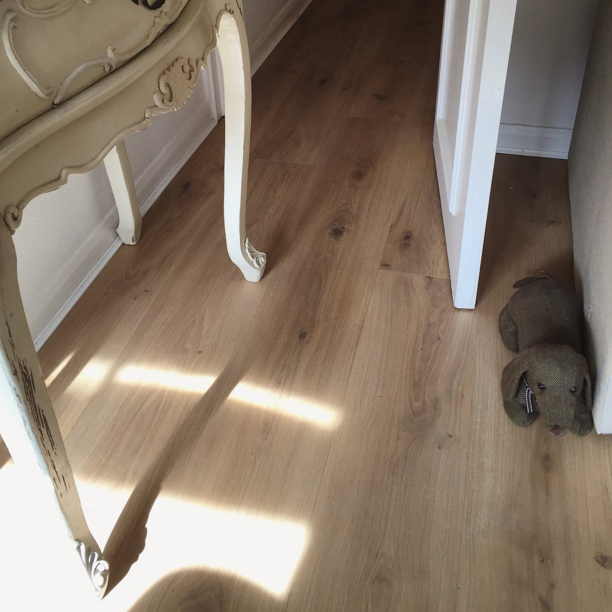 Woven Woods On Twitter A Recent Laminate Flooring Installation We Did In Twickenham Would You Know It S Not Wood Oak Lovelyflooring