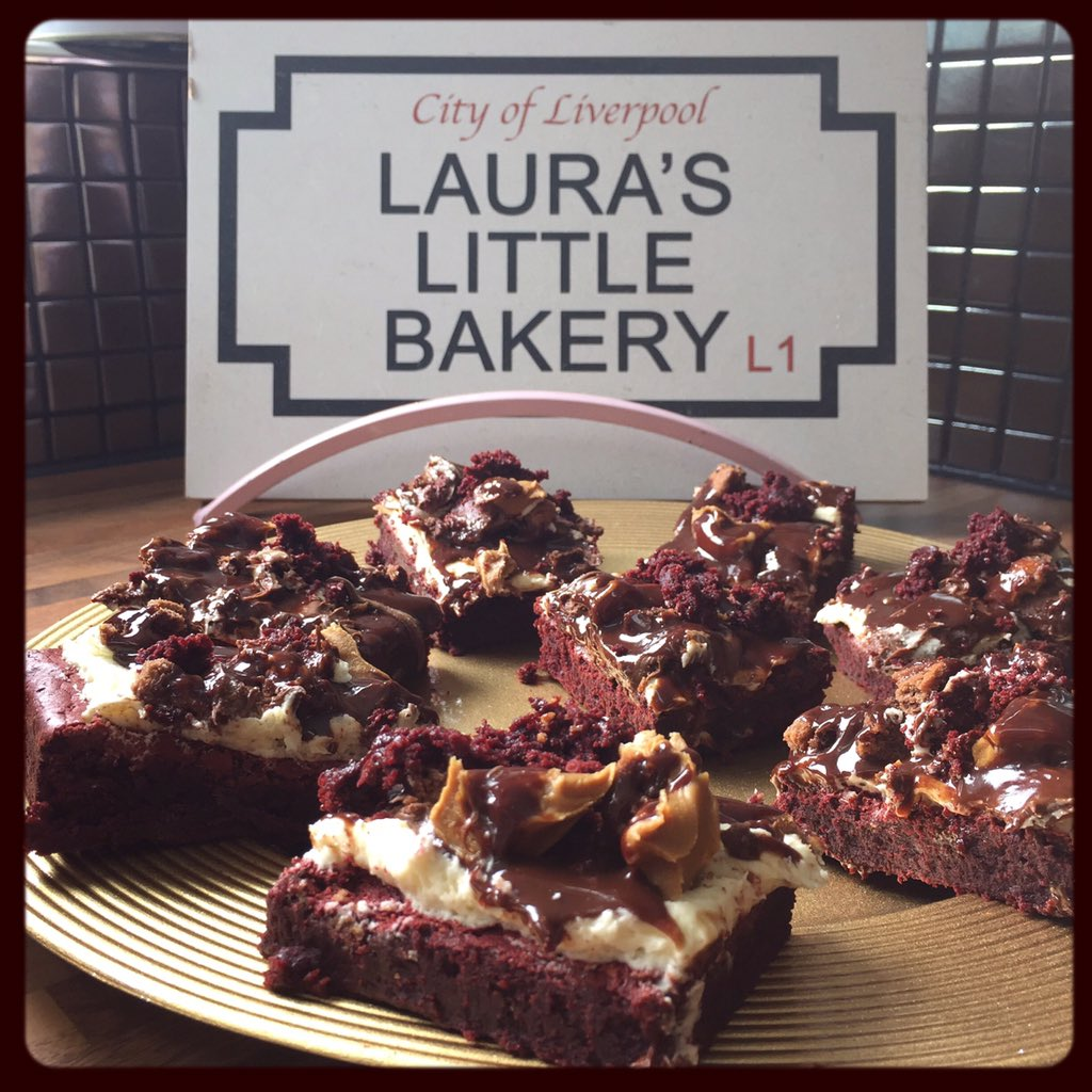 It's been a while! But to show I still love ya....RT & ❤️ to win 8 LOADED red velvet brownies! #comp #LLB https://t.co/saZlraEe5L