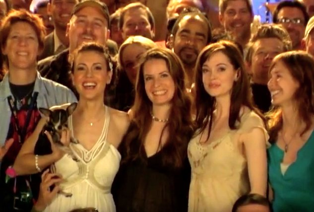 10 years since the final episode of Charmed aired, I miss it. (@Alyssa_Milano @H_Combs @rosemcgowan) #ForeverCharmed https://t.co/jzDwrQhCvl