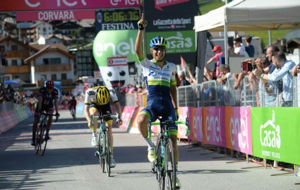 Diretta GIRO d'Italia: il colombiano Chaves vince davanti a Kruijswijk (nuova maglia rosa) sul tappone dolomitico Alpago-Corvara