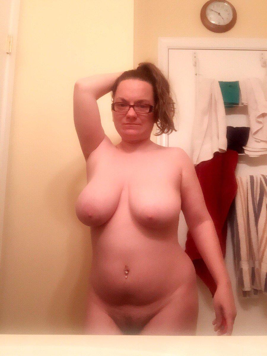 Nude Selfie 5555