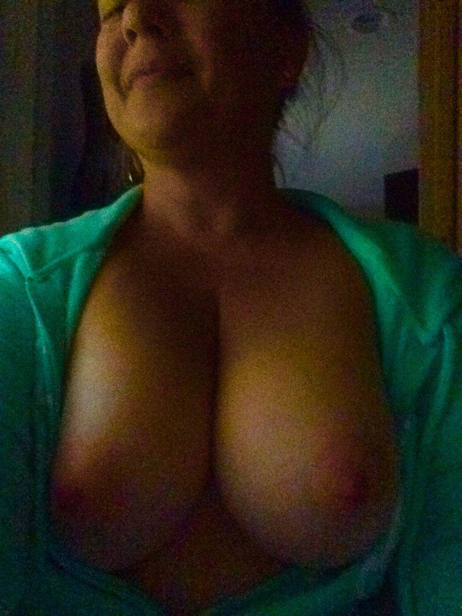 Nude Selfie 5556