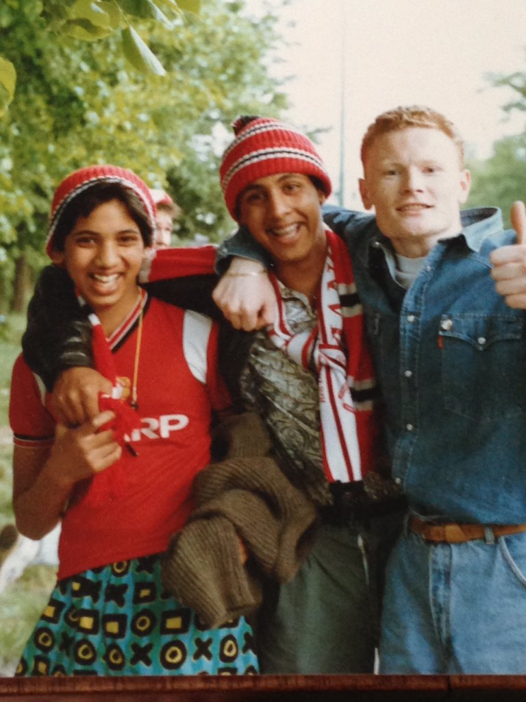 Wembley Way, United vs Palace 1990 - me, my brother and friendly random Palace fan...And 26 years on... #FACupFinal
