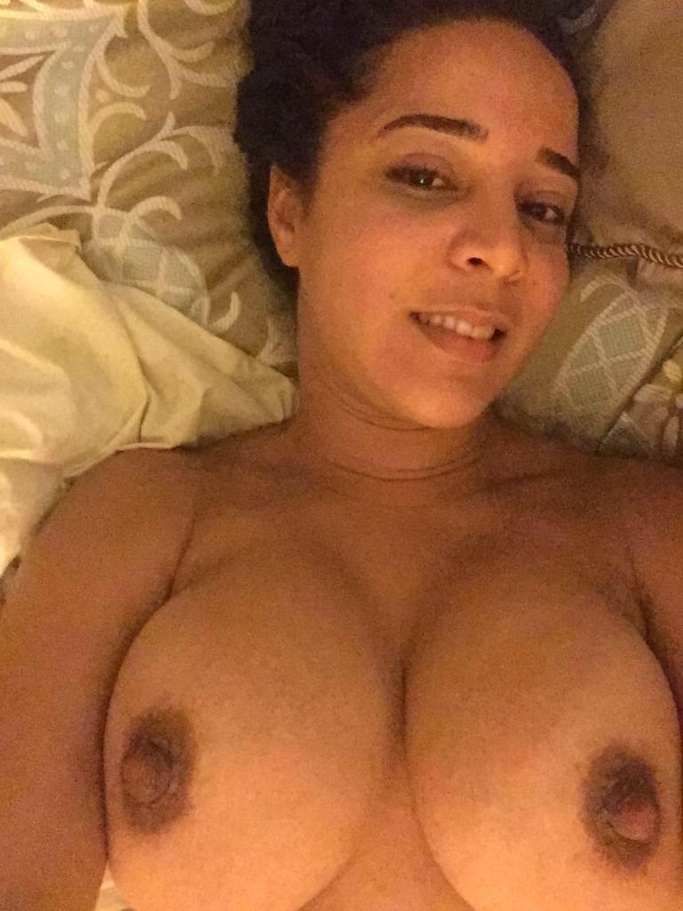 Nude Selfie 5564