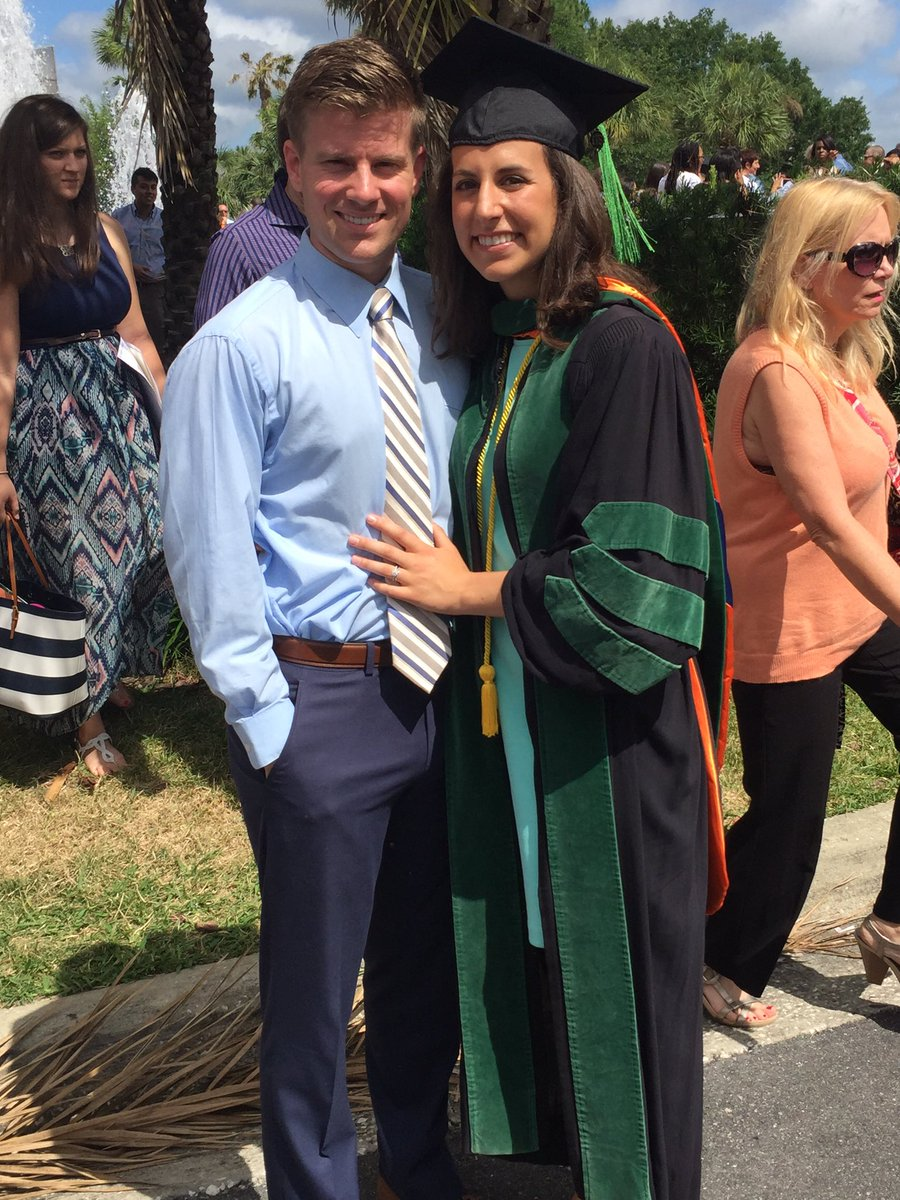 So proud of Kelley Ward, MD on graduating from UF College of Medicine today, we got a Doc in the family! #GatorMD https://t.co/hJ1A7z8hoi